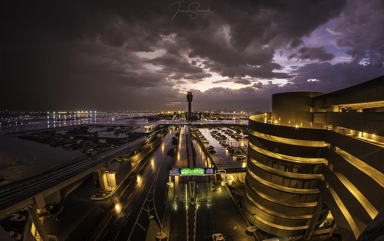 AirportStorm1.jpg