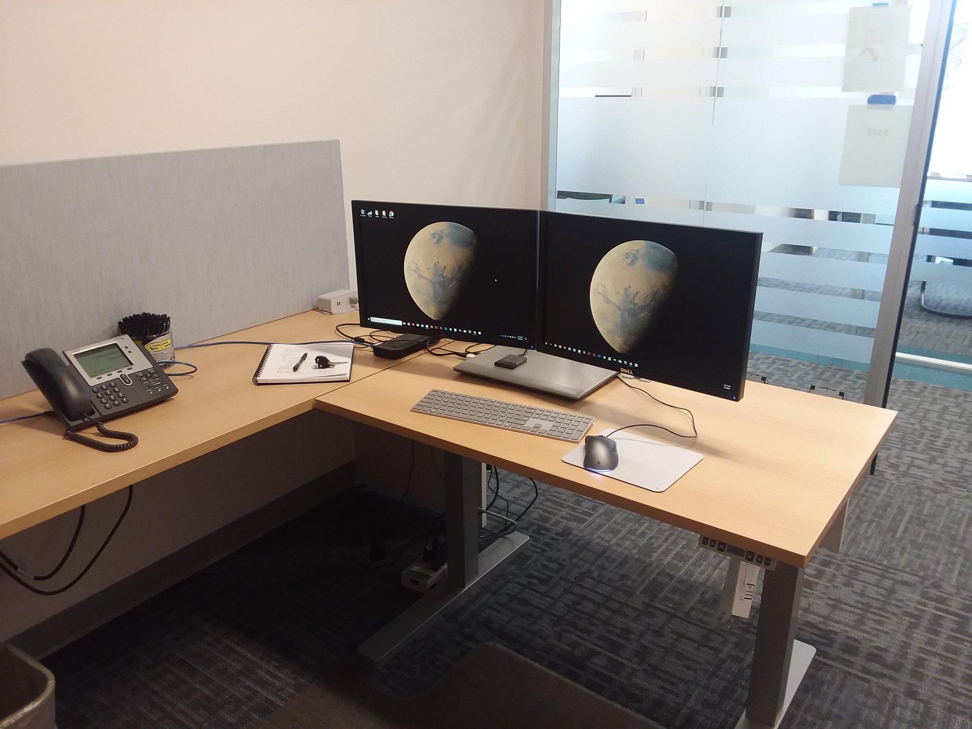20180604_OFFICE.jpg