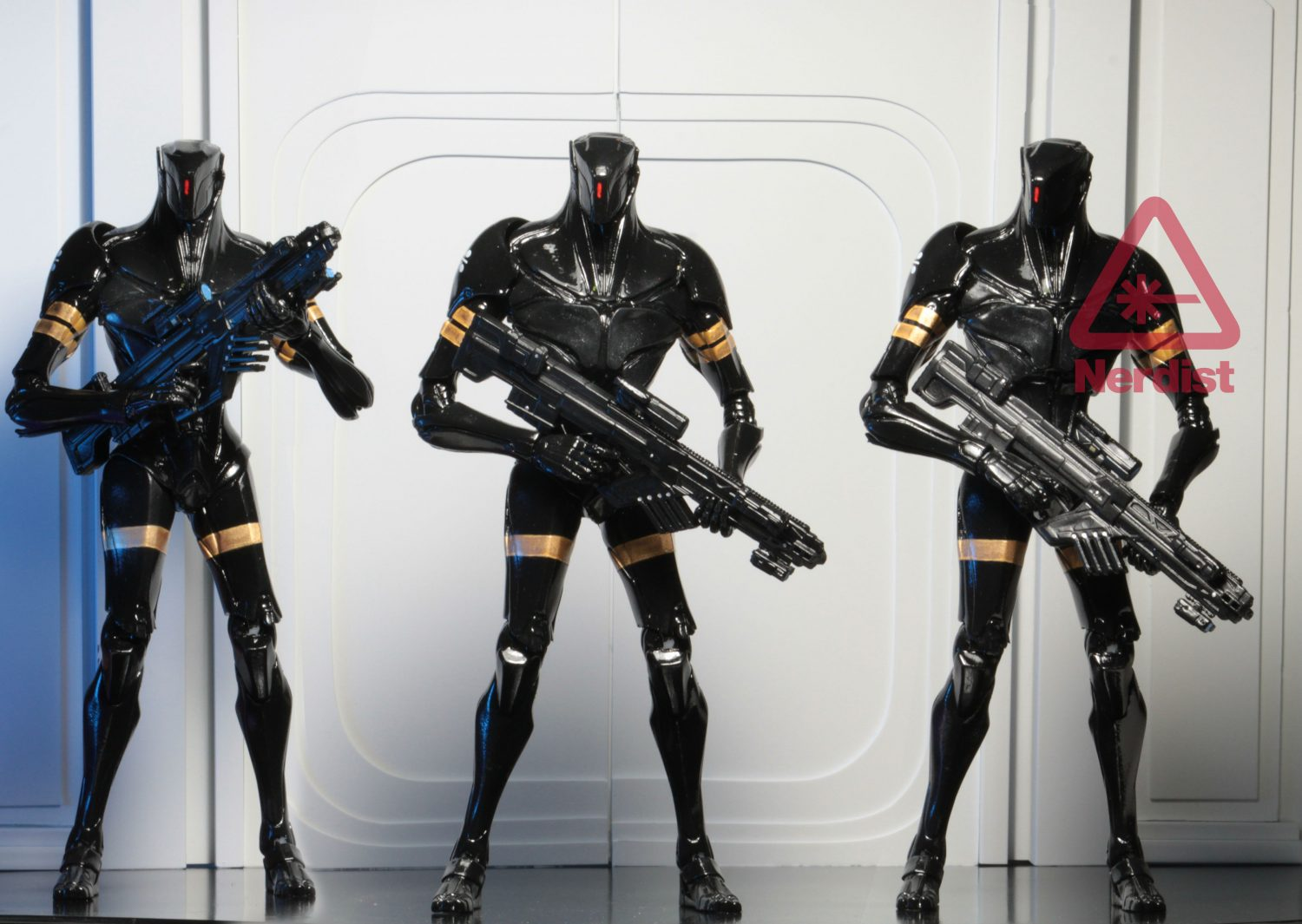 NECA-Toys-Valerian-And-The-City-Of-A-Thousand-Planets-Figures-4.jpg