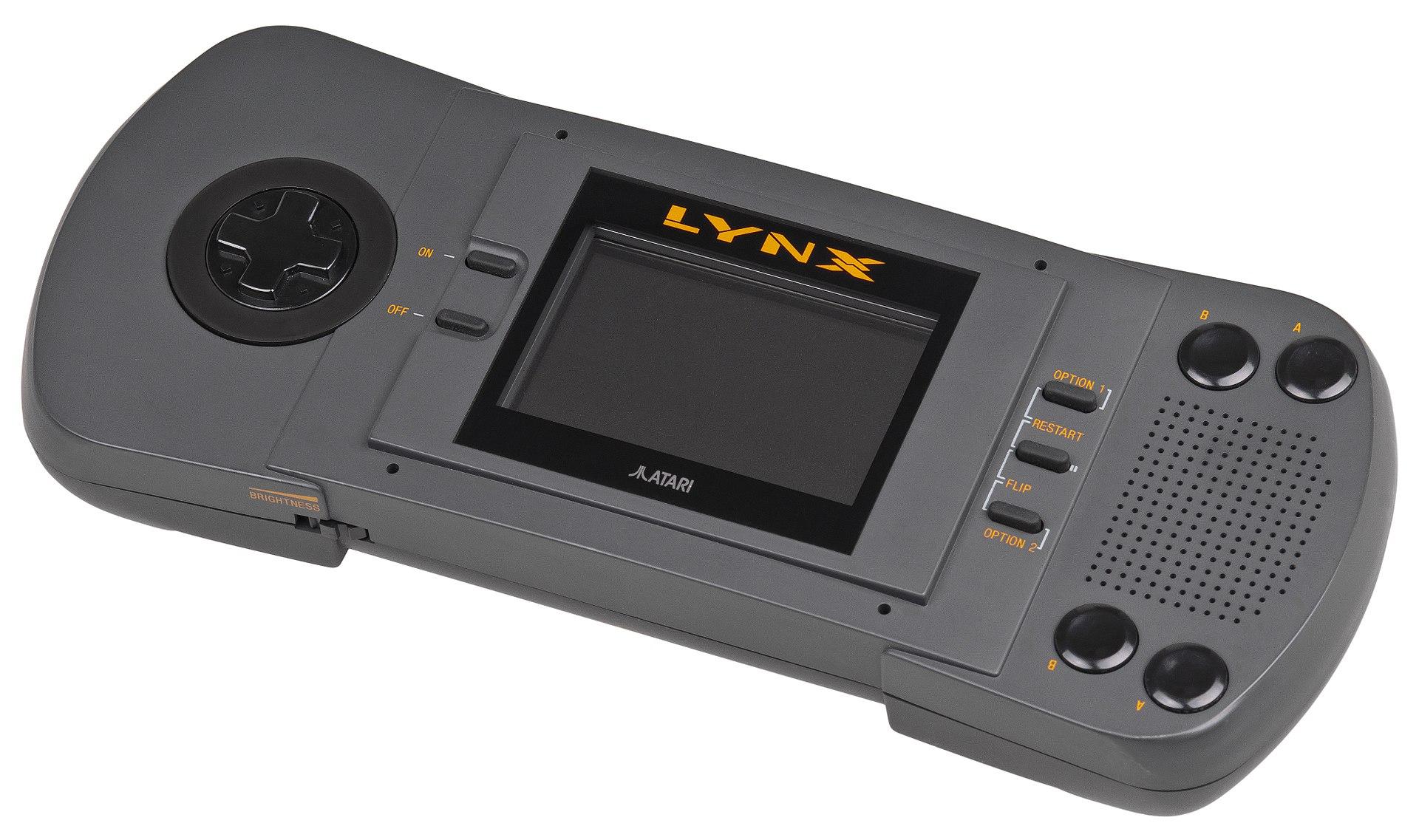 1920px-Atari-Lynx-I-Handheld.jpg