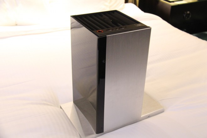 ces-2015-deepcool-boitier-itx-prototype-noname-pentower-1.jpg