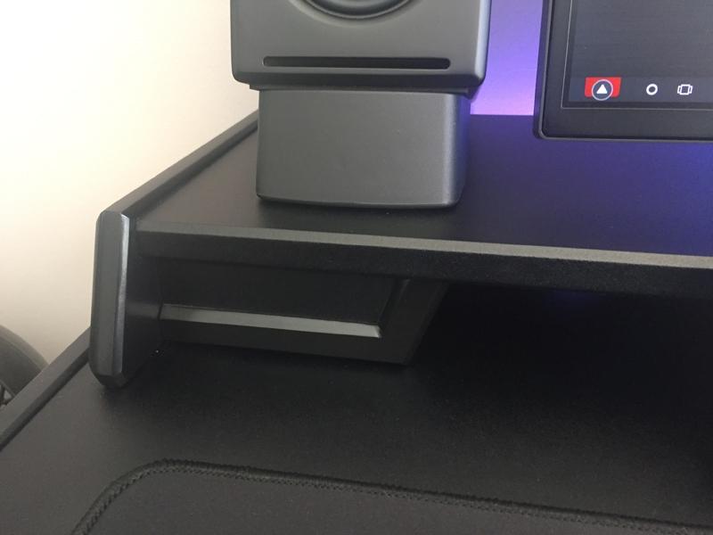 DeskBuild1_zpshnjyzvnz.jpg