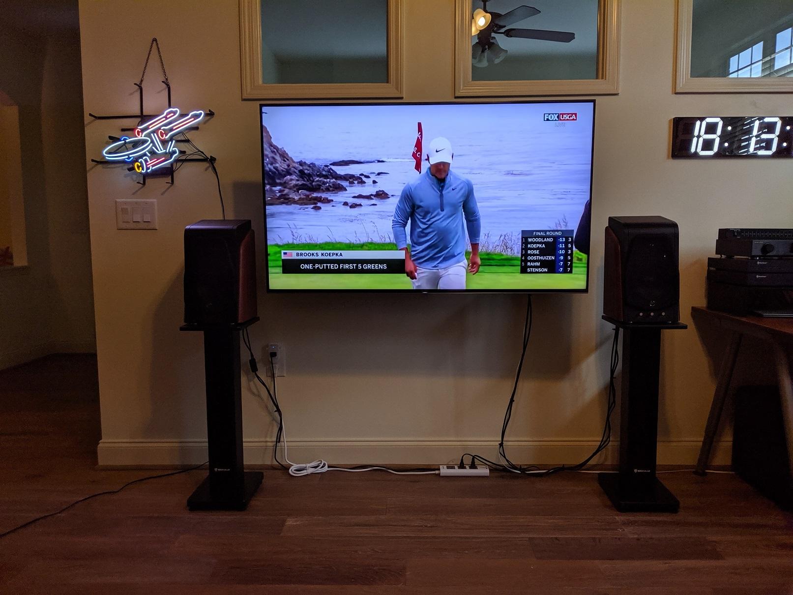 TV1.jpg
