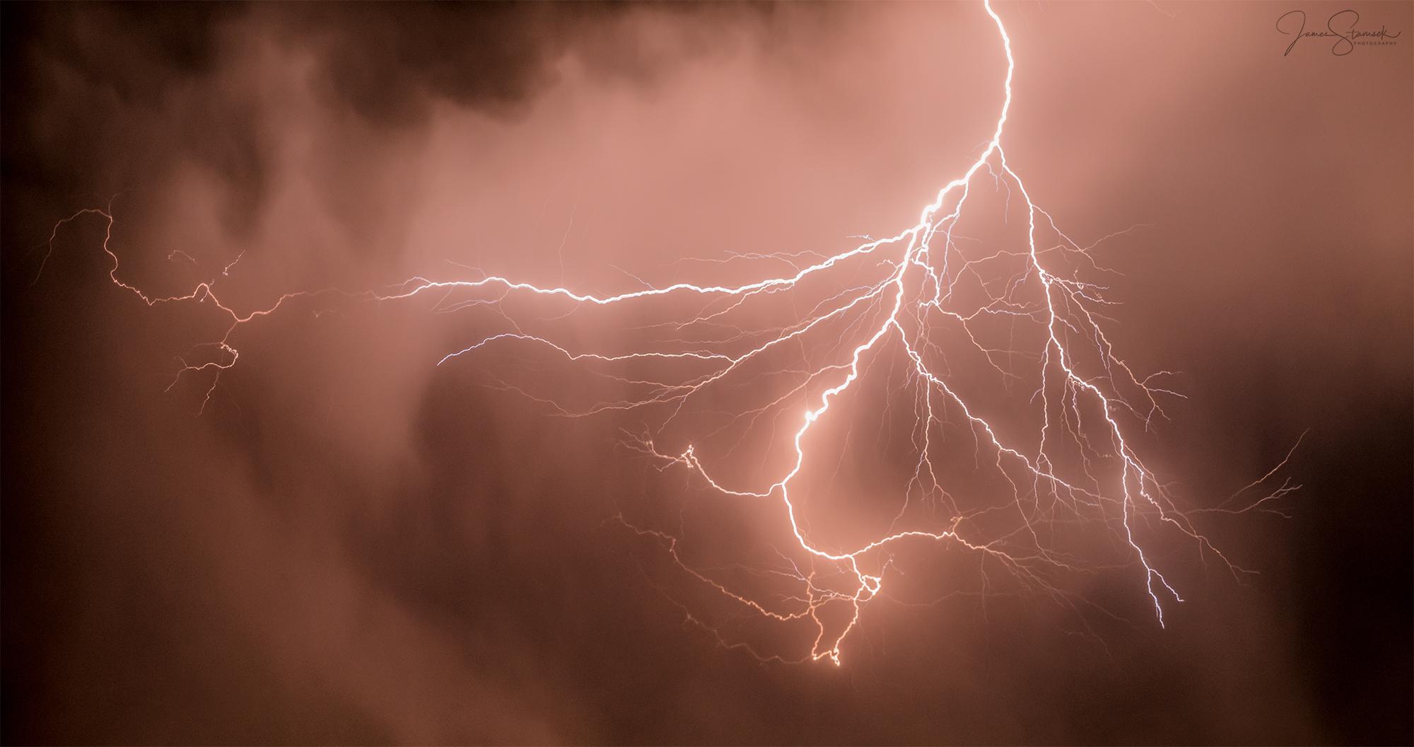 20200817_Lightning_LOGO.jpg