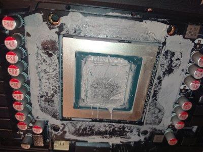 thermal paste on die rtx 3080 6 8 2021.jpg